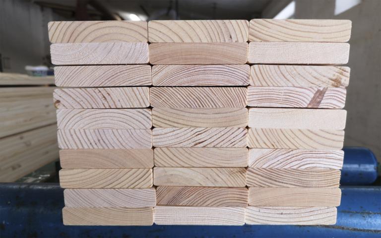 wood bed strip